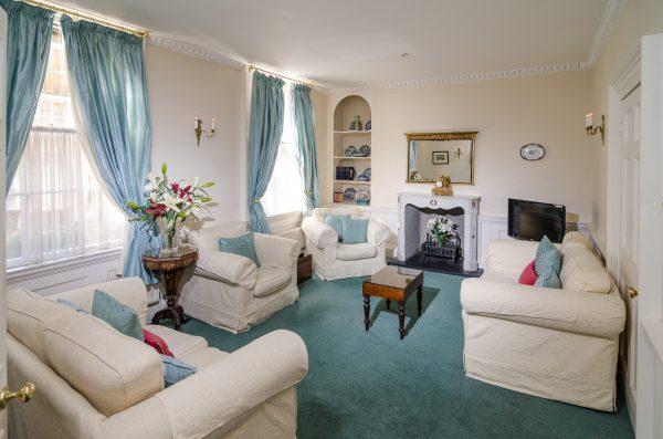 abbey mews cream sofas