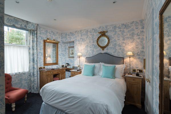 kennard blue room 2