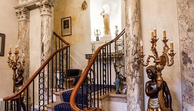 grosvenor villa stair case