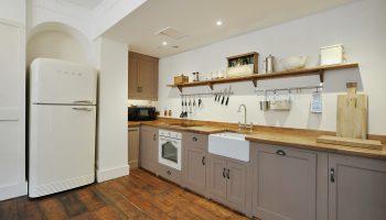 bath town house kitchen