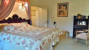 fosse farm house pink room 2