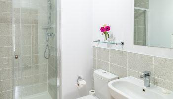 george house bathroom