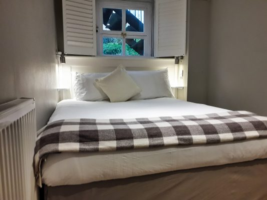 henrietta double room