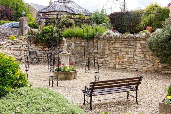 cranleigh garden