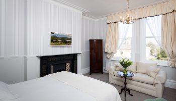 tasburgh white room