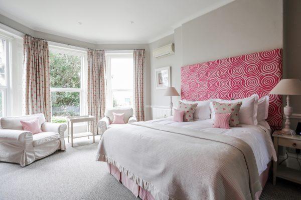 leighton white and pink