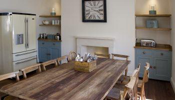 bath townhouse kitchen table