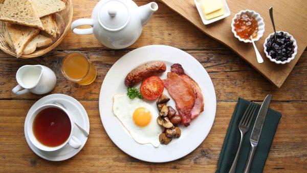 three abbey green breakfast