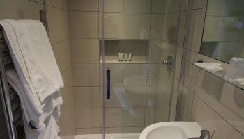edgar bathroom small 3