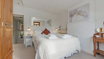 fishermans retreat bedroom