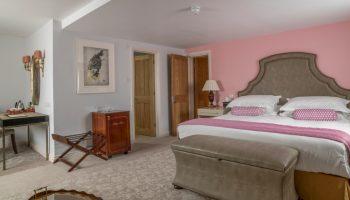 the bird pink room