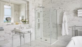 Bathen House Bathroom
